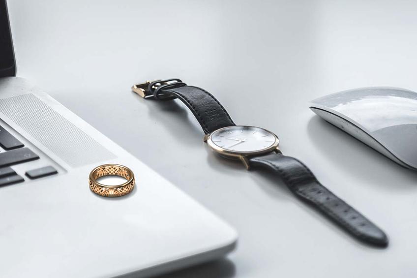指輪と腕時計